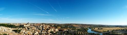Early Sunday morning skyline of Toledo, Spain.